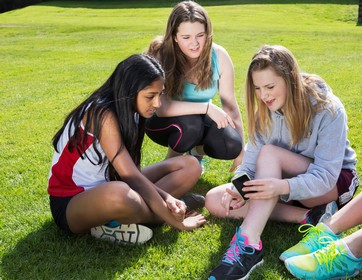girls teens exercise